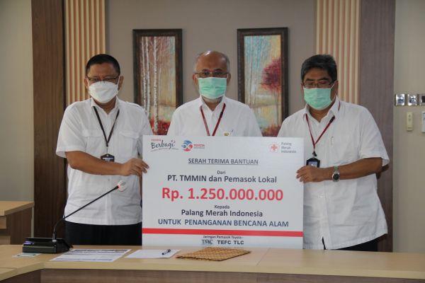 Toyota Kembali Salurkan Donasi Bencana Lewat PMI