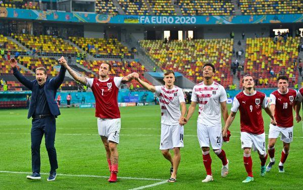 Daniel MIHAILESCU / POOL / AFP