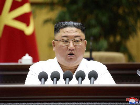 AFP/STR/KCNA VIA KNS.