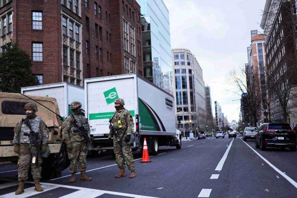 AFP/Brendan Smialowski/Jason Redmond