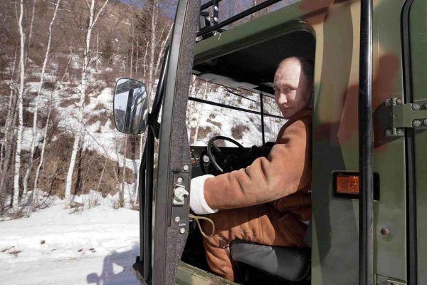 AFP/SPUTNIK/Alexey Druzhinin/Bro