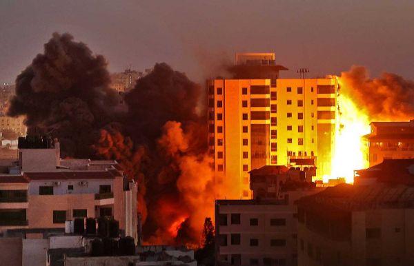 AFP/MOHAMMED ABED/MAHMUD HAMS/Bro