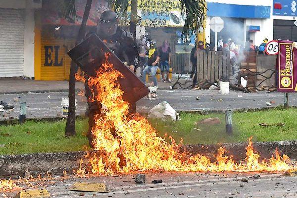 AFP/LUIS ROBAYO/gus